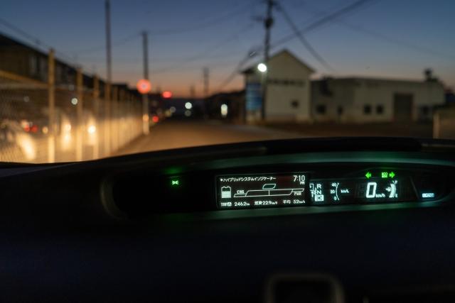 夜の車中からの景色