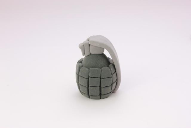 クレイアート手榴弾