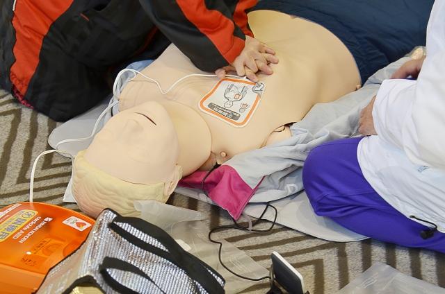 救命処置訓練(AED)